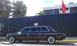 La-Embajada-de-China-en-Costa-Rica.-MERCEDES-300D-LANG-W123.jpg